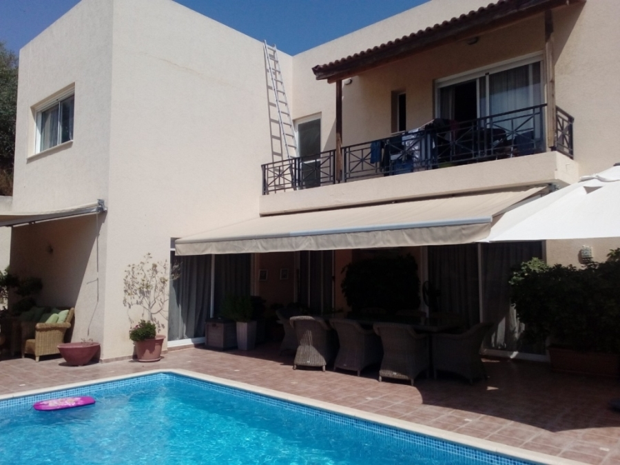 (For Sale) Residential Villa || Limassol/Limassol - 350 Sq.m, 6 Bedrooms, 950.000€